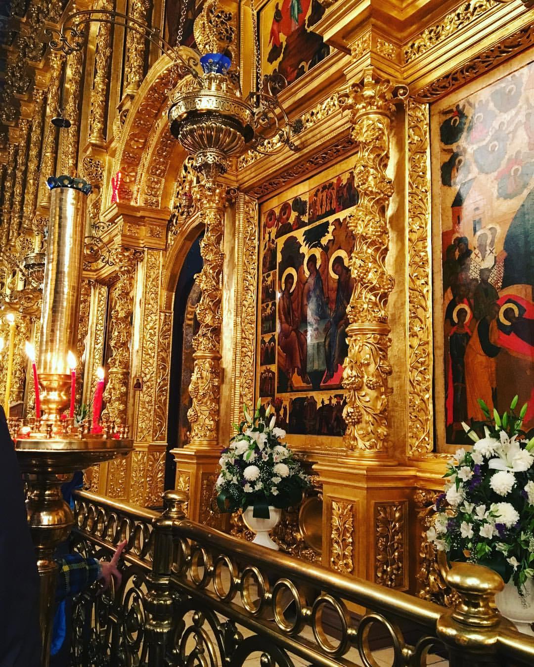 Пасхальные службы в храмах Москвы